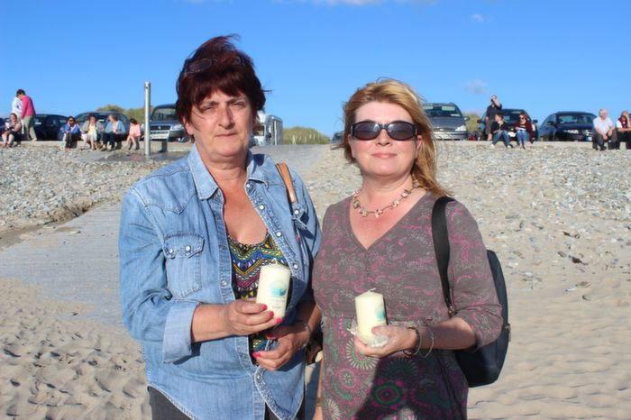 Anne Connolly and Gillian Wharton Slattery at the Celebration of Light event in aid of Recovery Haven at Banna Beach on Friday evening. Photo by Dermot Crean