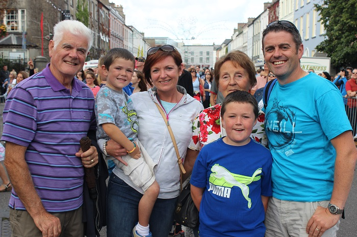 Viewing the Airshow from Denny Street on Sunday were, from left: Anie O'Leary, Aidan O'Leary, Mirium O'Leary, Cian O'Leary, Sheila O'Leary and Shane O'Leary. Photo by Gavin O'Connor
