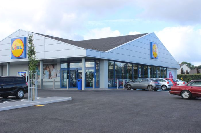 fresh new start for tralee 39 s lidl store. Black Bedroom Furniture Sets. Home Design Ideas