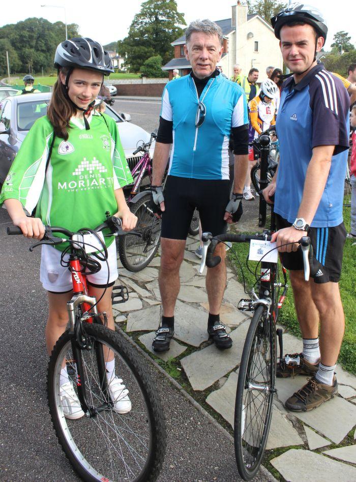 Jadyn Lucey, Frank Slattery and Kieran Lucey at the start of the Na Gaeil GAA Club fundraising cycle on Saturday morning. Photo by Dermot Crean