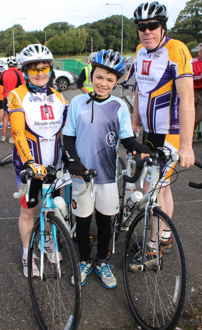 Anne Slattery, Ronan Lucey and Dave McMahon at the start of the Na Gaeil GAA Club fundraising cycle on Saturday morning. Photo by Dermot Crean
