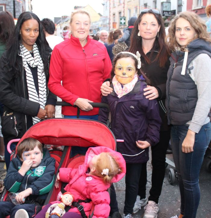 In front, Charlie and Scarlett Bees with at back, Mar Fitzgerald, Marian Fitzgerald, Lily O'Connor, Laura Bees and Samantha Croft  at the Rose Parade on Saturday night. Photo by Dermot Crean