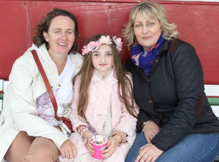 Maura Sheehy, Molly Sheehy, Ballyroe and Noreen Walsh, Ardfert, at the Kerry International Horse and Pony Race Meeting at Ballybeggan on Saturday. Photo by Dermot Crean