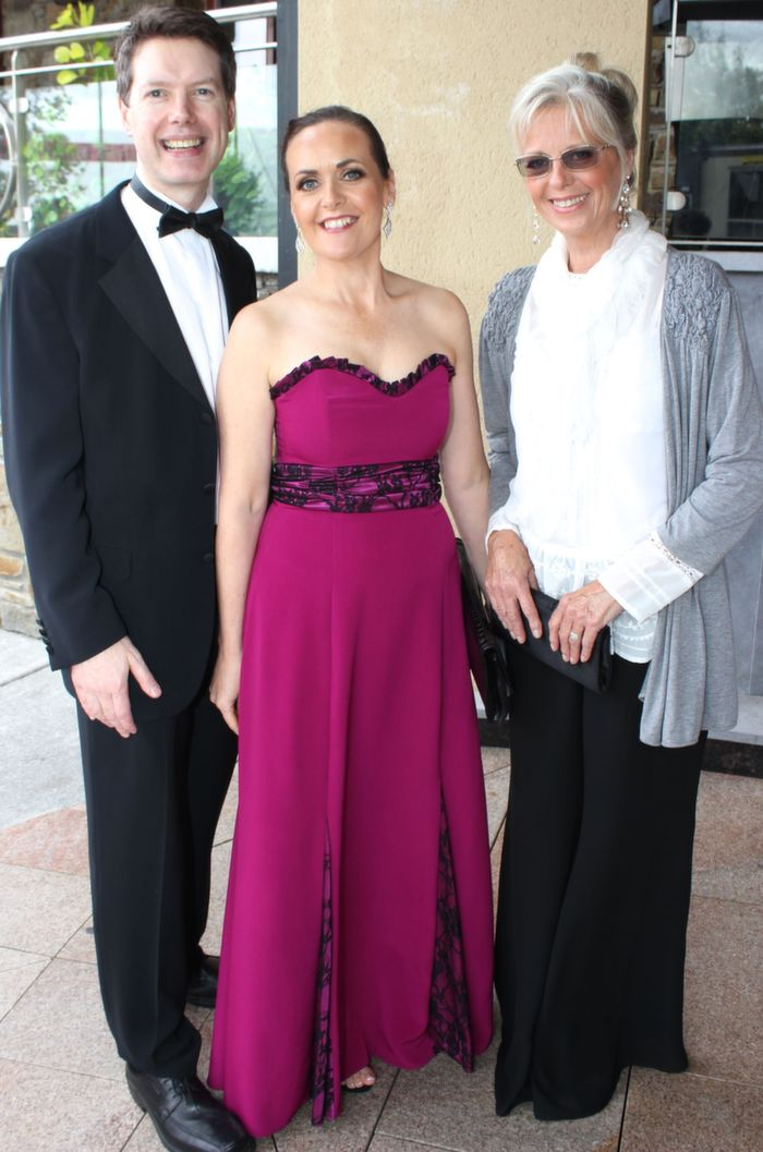 Peter and Ann Harty, Tralee with Patricia O'Sullivan, Toronto, at the Rose Ball in the Dome on Friday night. Photo by Dermot Crean