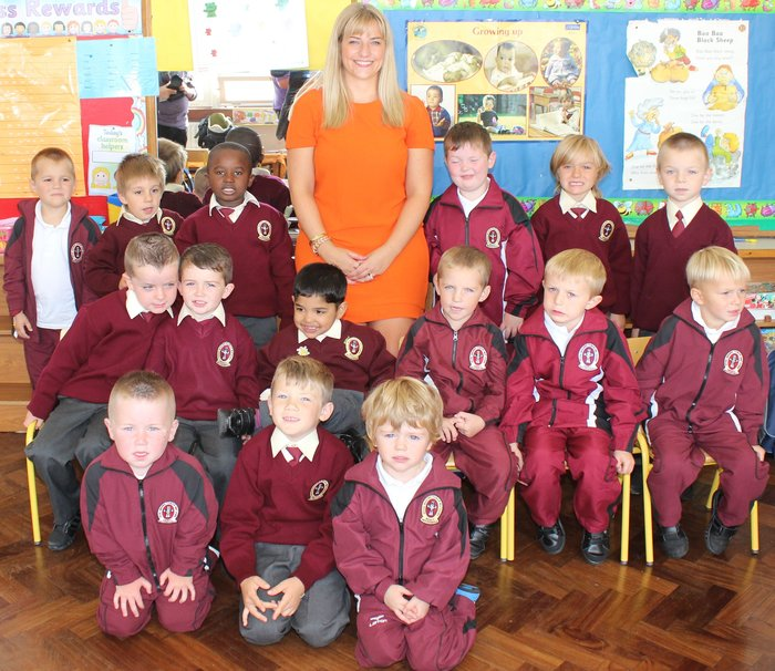 Ms Janeve Lyons junior infants class at Moyderwell Primary School on Thursday. Photo by Dermot Crean