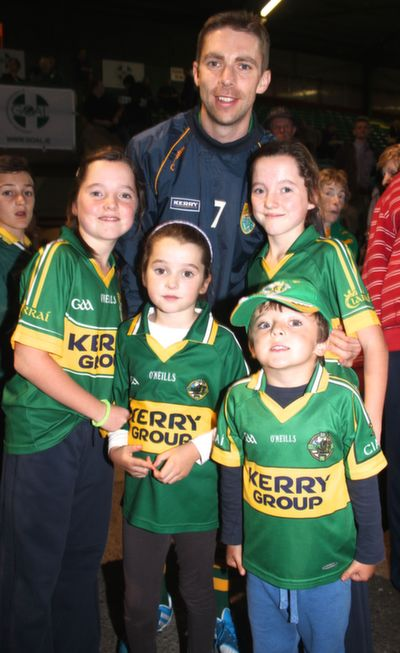 Marc O'Se with Kerry fans at the 'GOAL Challenge' charity match on in Austin Stack Park, from left: Katie, Aoife, Noel and Ellen O'Sullivan. Photo by Gavin O'Connor.