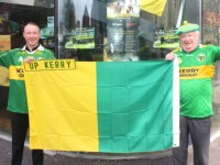 Danny Leane Jnr and Snr turned the bar green and gold for the upcoming final. Photo by Dermot Crean
