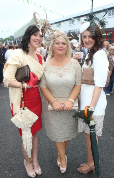Claire Harte, Geraldine Enright and Laura Horgan, Listowel and Mayo,  enjoying Ladies Day at Listowel Races on Friday. Photo by Dermot Crean