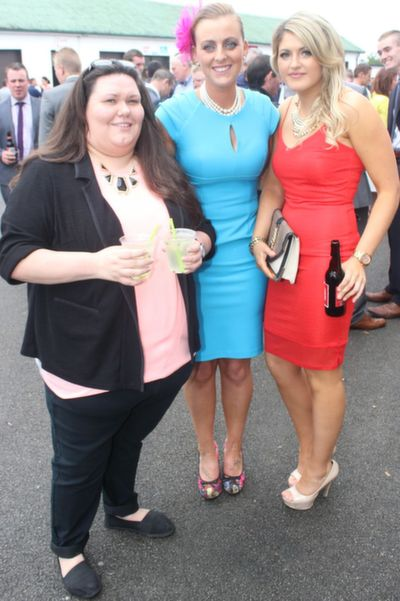 Jaime Conway, England, Gillian Lucid and Aileen McKenna, Ballyduff,  enjoying Ladies Day at Listowel Races on Friday. Photo by Dermot Crean