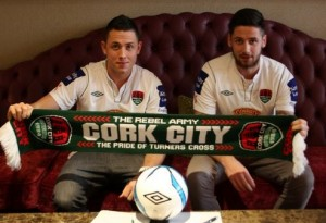 Billy and Darren Dennehy put pen to paper for Cork City before the 2014 season. Photo by Cork City FC.