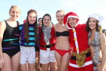 Leona Keohane, Emer Brosnan, Sinead Brosnan, Nicola Keohane, Kieran Brosnan and Mave Brosnan at the Christmas Day Swim in Fenit. Photo by Dermot Crean