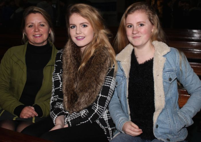 At a Mercy Mounthawk Christmas Carol on in St Brendan's Church were, from left: Maggie, Blathin and Sadbh Griffin. Photo by Gavin O'Connor.