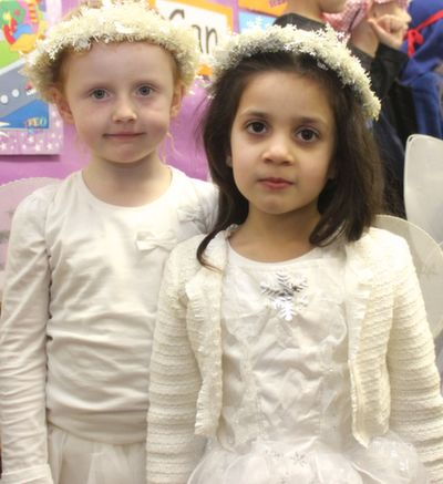 Hayley Ann O'Brien and Gia Sharma before the Moyderwell Christmas Concert on Friday morning. Photo by Dermot Crean