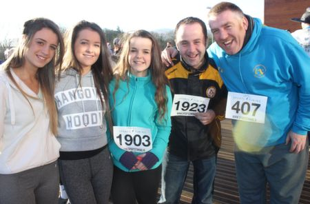 Rachel Quirke, Chantelle O'Sullivan, Dion Bauschlicher, Jonathan Lynch and Tim Landers before the start of the Tralee Musical Society 5k Run from Tralee Wetlands on Sunday morning. Photo by Dermot Crean