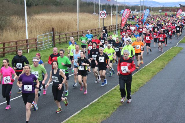 Setting off at the Tralee Valentine 10 Mile Road Race from Tralee Wetlands on Sunday morning. Photo by Dermot Crean