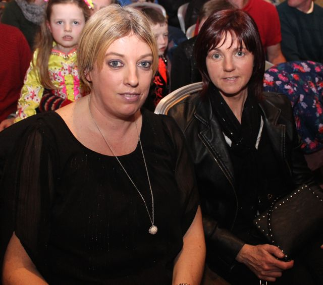 Caroline Fitzgerald and Liz Locke at the 'Talent Of Tralee' fundraising concert on Friday night in the Fels Point Hotel. Photo by Dermot Crean