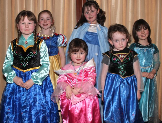 Children from the Tralee Performing Academy who performed a medley from 'Frozen' at the 'Talent Of Tralee' fundraising concert on Friday night in the Fels Point Hotel. Photo by Dermot Crean