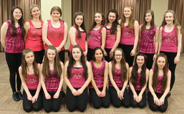 Performers with the Oliver Hurley School of Musical Theatre at the 'Talent Of Tralee' fundraising concert on Friday night in the Fels Point Hotel. Photo by Dermot Crean