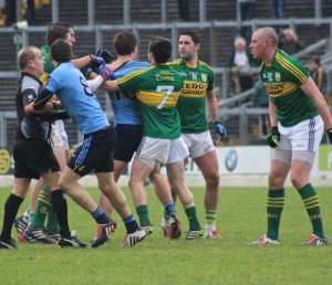 The game at points fizzled over towards the end. Photo by Dermot Crean.