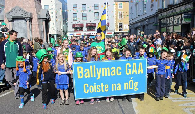 Ballymac GAA youngsters at the parade. Photo by Dermot Crean