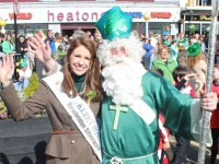 VIDEO/PHOTOS: Thousands Enjoy St Patrick's Day Parade In Glorious Sunshine