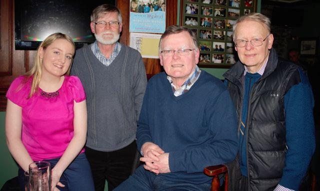 Quiz Niamh, Frankie, John and Denis O'Shea (Medium)