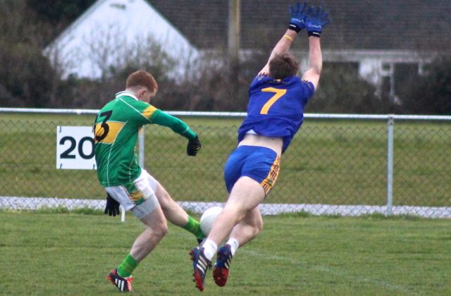 Action from John Mitchels v Spa Killarney, Alan O'Donoghue gets a shot away. Photo by Dermot Crean.