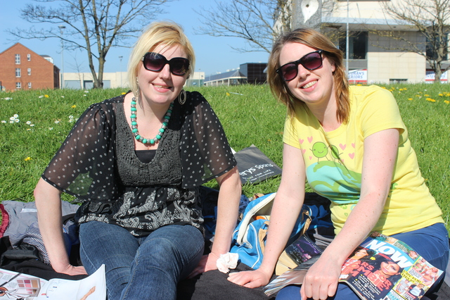 In the Town Park enjoying the great weather were, from left: Bernie and Mellie O'Sullivan. Photo by Gavin O'Connor.
