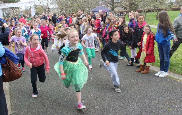 And they're off at the Meadowlands Hotel Kids Fun Run at the Town Park on Saturday afternoon as part of the Tír Na nÓg Festival. Photo by Dermot Crean
