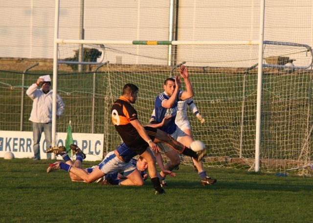 Austin Stacks, Wayne Guthrie shoots for a score. Photo by Adrienne McLaughlin.