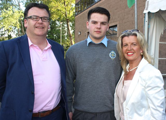 Chris, Jack and Colette Shortt at the CBS The Green Graduation night in the school gym on Thursday night. Photo by Dermot Crean