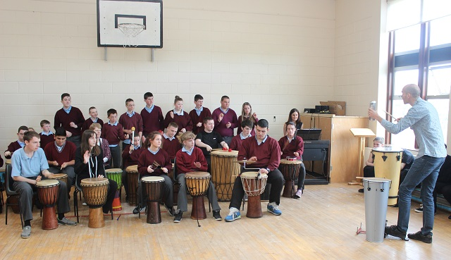 St Ita's St Joseph's children, perform for the visiting teachers from Europe. Photo by Gavin O'Connor.