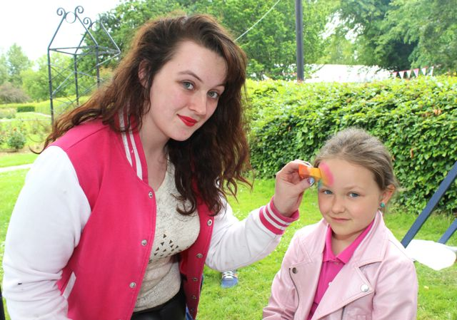 Amanda Cains and Maria Synowiecki at the Féile na mBláth in the Town Park on Saturday. Photo by Dermot Crean