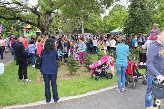 Crowds at the Féile na mBláth in the Town Park on Saturday. Photo by Dermot Crean