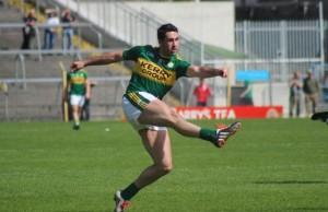 Bryan Sheehan sends in a thunderous effort. Photo by Dermot Crean.