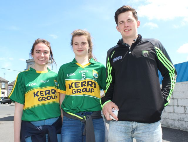 Rachel Courtney, Sarah Murphy and Cathal Murphy in Thurles for the Tipperary v Kerry match on Sunday. Photo by Dermot Crean