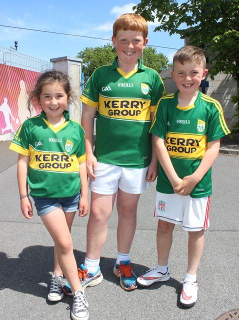 Fia, Sam and Jamie McCarthy in Thurles for the Tipperary v Kerry match on Sunday. Photo by Dermot Crean