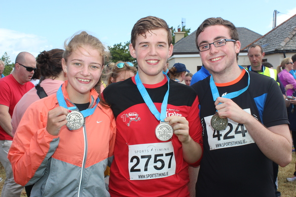 At the Blennervile National School 5k/10k Road Race, were from left: Fiona Kavanagh, Dylan O'Connor and Jamie Bourke. Photo by Gavin O'Connor.