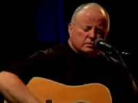 VIDEO: Christy Moore To Perform At Ballyroe In August