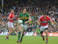 David Moran in action in last year's drawn Munster Final against Cork. Photo by Dermot Crean.