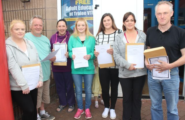 Tralee VTOS students Michelle Galvin, Michael Pitman, Jacinta Quirke, Joanne Galvin, Lucy Stokoe, Celia Keane and Kevin Martin with their Leaving Cert results on Wednesday morning. Photo by Dermot Crean