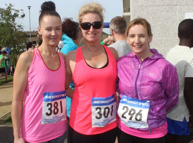 Orla Brosnan, Melissa Nix and Elaine Foley at the CBS 5k and 3k Fun Run at the school on Sunday. Photo by Dermot Crean