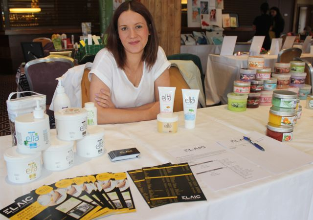 Ursula Tomiak of Elaic Body Sugaring at the Kerry Health Fitness and Beauty Expo at the Fels Point Hotel on Sunday. Photo by Dermot Crean