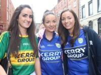 Roisin Fitzmaurice, Aine and Maura White up for the match on Sunday. Photo by Dermot Crean