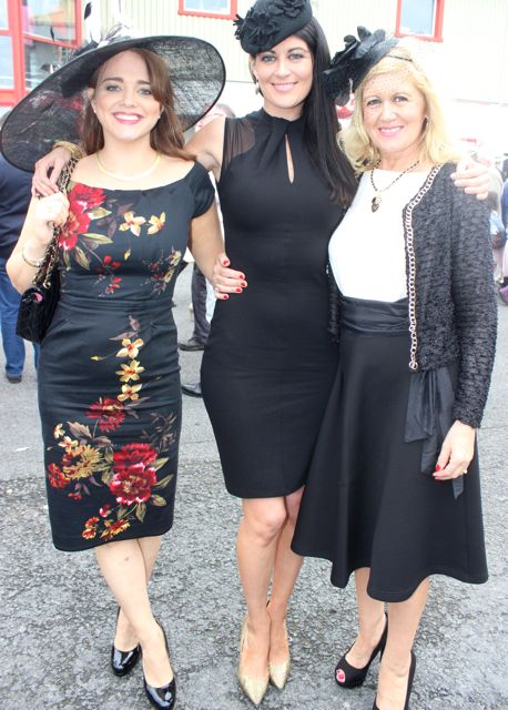 Aisling McCoy, Louise Sugrue and Marie Sugrue, Abbeyfeale, enjoying Ladies Day at Listowel Races on Friday. Photo by Dermot Crean