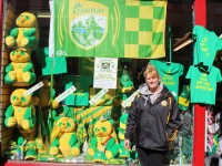 Bernie Summers showing off the Euro Focus Kerry display on Castle Street on Tuesday evening. Photo by Fergus Dennehy.