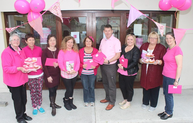 At the Paint It Pink morning in Shanakill Resource Centre were, from left: Angela Deregibus, Joan Brosnan, Patsy O'Connell, Treasa Walsh, Mary Young, Junior Locke, Mary Young, Sinead Donnelly and Anne Conway. Photo by Gavin O'Connor.