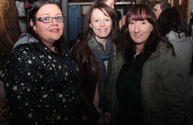 Emma McElligott, Kate Malone and Jane Guerin at the table quiz in aid of Sera Husky Animal Rescue in Roundy's Bar on Thursday night. Photo by Dermot Crean