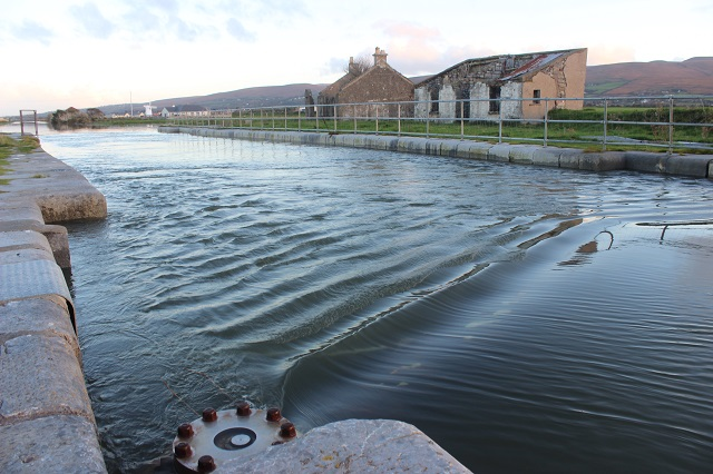 The lock gates, which begin at the large bolt on the left are submerged by the high tide. Photo by Gavin O'Connor.
