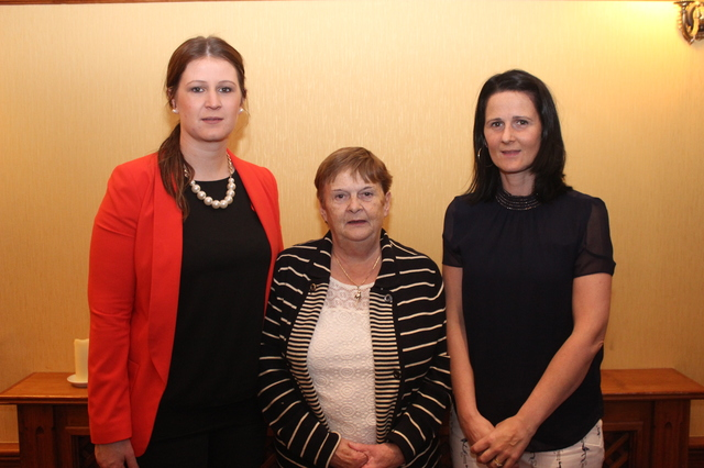 At the Tralee Parnells Mark Doe cookery demonstration in the Meadowlands were, from left: Tara Donovan, Anne Donovan and Fiona Reidy. Photo by Gavin O'Connor.